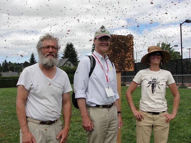 beekeepersandswarm